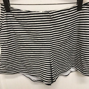Womens Ark & Co Black & White striped Shorts sz M